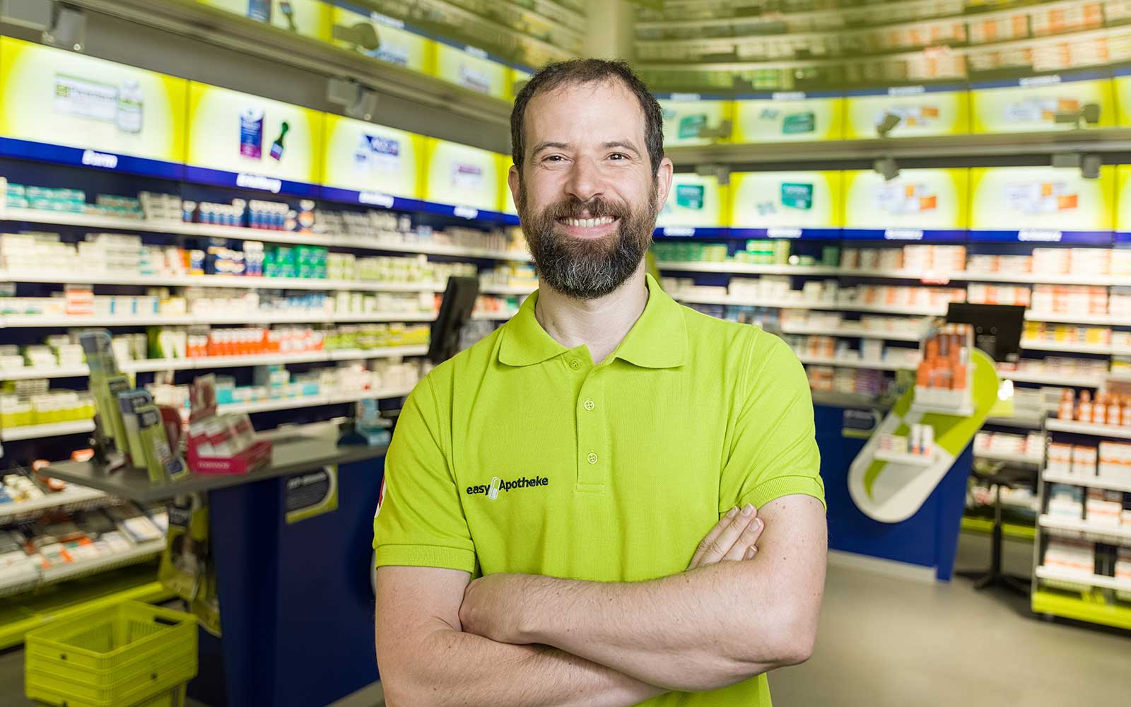 Apotheker Peter Dorfner in seiner easyApotheke Neumarkt